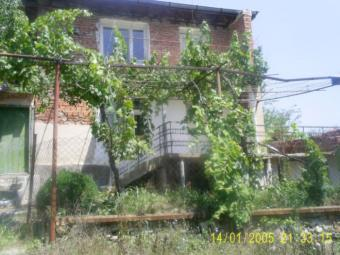 House in Leyarovo Yambol