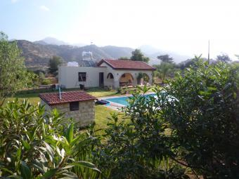 Country House in Arakapas Limassol