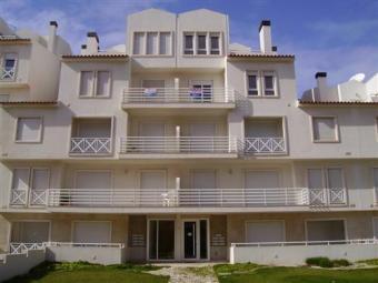 Fantastic flat with beach views Peniche