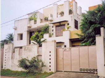 sale or exchange of luxury house Naavinna,