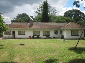 Neat 3 bedroomed house to let Hatfield