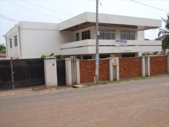 6 BEDROOMS HOUSE TO LET Dzorwulu Residential Area