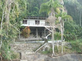 Waterfront home on island near a Rio De Janeiro