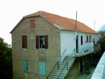 Apartment on Croatian coast Klis